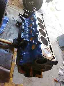Ford Bronco or Mustang 200 + 3-speed + Dana 20 tcase