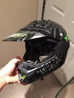 Oneal monster motorcycle motocross helmet size XL