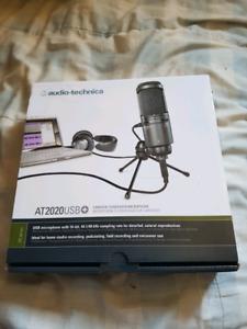 Audio-Technica AT2020USB+ très bon micro utilisé 1 fois