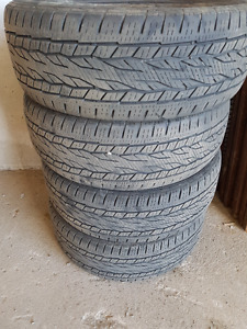 275/55/R20 Truck Tires - Continental