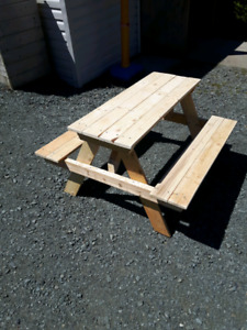 Kid's size picnic table