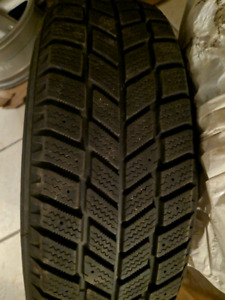 4 Hankook i*Pike RC01 Winter Tires