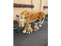Life size pot animals tiger dogs cats pigs