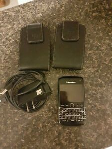 Blackberry 9790 Bold with cases & charger  London Ontario image 1