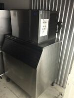 600lb Manitowoc ice machine for only $1750 ( won't last )