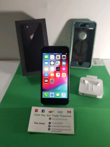 Space grey iPhone 8 64gb Mint
