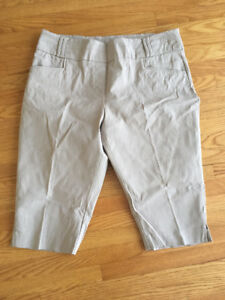 Size 16 - Pants for 2.00$ each
