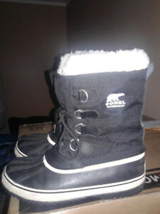 SOREL Winter Boots- like new $40