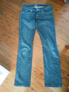 Women's Rock and Republic Jeans size 28