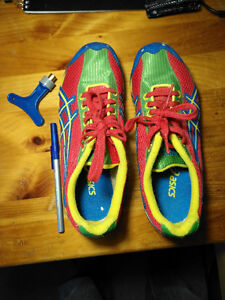 GN701 Track Shoes