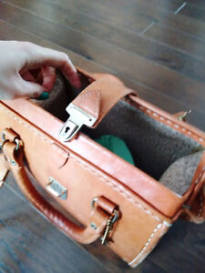 Genuine Leather Medecine Bag Purse Gatineau Ottawa / Gatineau Area image 2