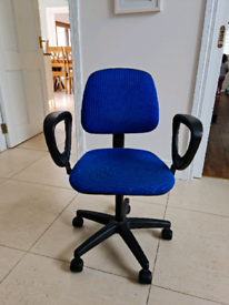 Office Swivel chair for Sale £20