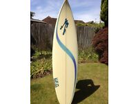 Short board surfboard