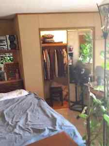 Acreage  room for rent . $500.00 /month.  $250.00dd