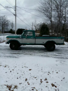 1979 Ford F100, 302 4speed 4wd  PRICE LOWERED  $7200.00