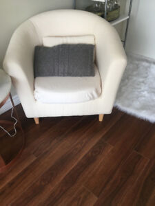 ACCENT CHAIR FOR SALE