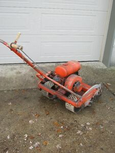 VINTAGE LAWN MOWER London Ontario image 2
