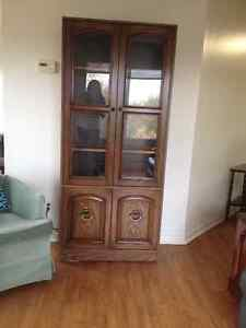 Etagere /  Display Cabinet
