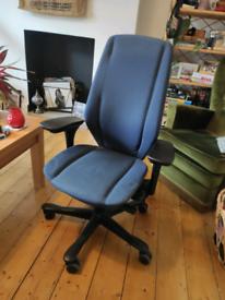 Ergonomic Office Chair - Kinnarps 9334