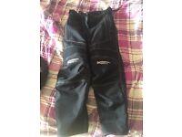 Woman's waterproof biking trousers