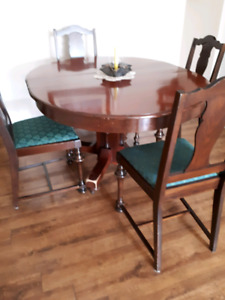 Hardwood Dining Set-Table & 6 Chairs
