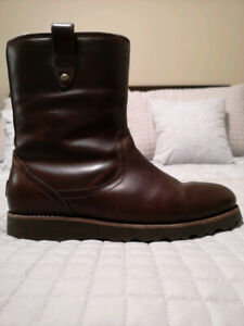 825b6f8464f Ugg Boots Men | Buy or Sell Used or New Clothing Online in Ontario ...