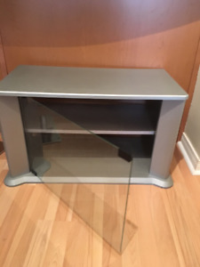 TV stand / end table 29x15x18