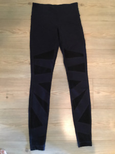 Wunder Under Pant with mesh- Navy/black tights- Size 4