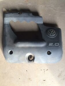 VW 2.0l engine cover