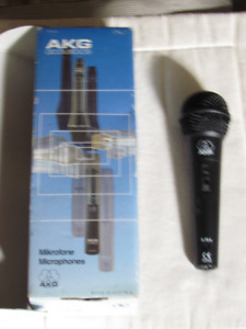 AKG Dynamic D 72 s Microphone -price reduced