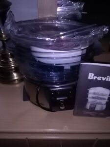 Breville 3 tier food steamer, never used. $30.00