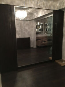 Murphy Bed / The Mirror Wall Bed on Sale!