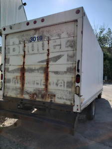 Ford E350 Diesel Cube Truck for sale