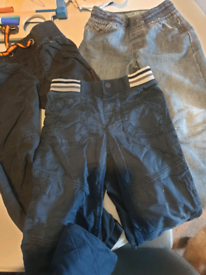 Bundle of jeans and combats 5-6