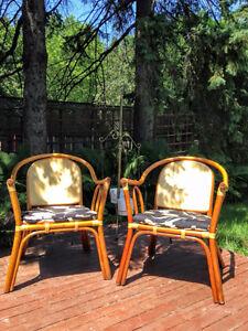 Deux Fauteuils Vintages en Bamboo / Osier  / Rotin