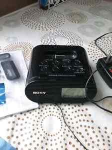 Sony iphone dock alarm clock