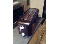 Daewoo KOR6L5R Microwave - Stainless Steel PLUS Breville 4 Slice Toaster VTT233 4 Slice