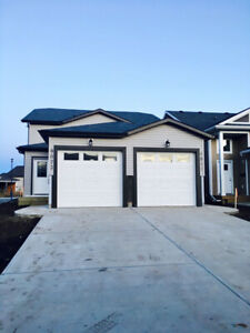 2bed suite in up/down legal duplex in Riverstone