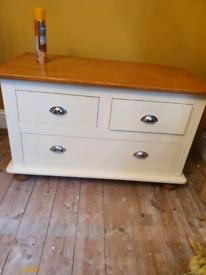 Versatile 3 drawer unit