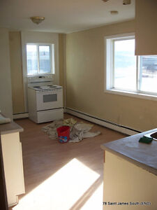 2 BR FREE HEAT, parking, w/d hookup, harbor view, very sunny