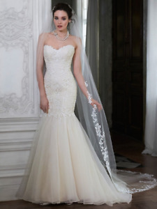 $450 OBO - Maggie Sottero (Worn Once) Paulina Marie in Ivory