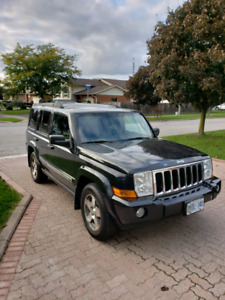7 PASSENGER 2010 Jeep Commander. Affordable, certified! LOW KM