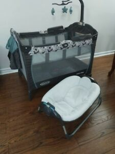 Graco playpen with lounger and changer