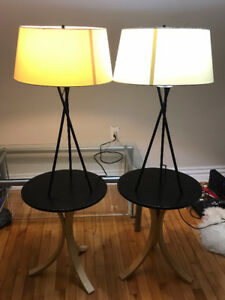 TWIN SET OF CONTEMPORARY lamps/side tables with extra lamp