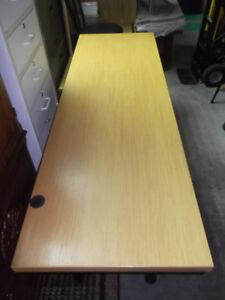 Table de travail dessus en bois...livraison gratuite possible