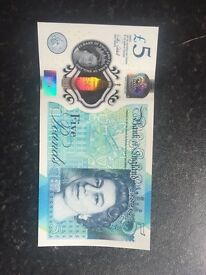 Brand new uncirculated £5 note AA01 open to offers