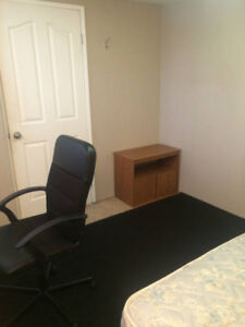 ROOM FOR RENT Great Location Available NOW