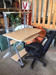 Office desk and chair $60 OBO
