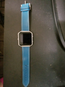 Fitbit Blaze with charger and 2 replacement straps