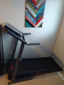 Treadmill Weslo Cadence R 52